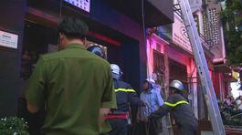 Cháy nhà hàng trung tâm Sài Gòn lúc đông khách