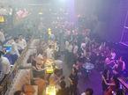Đột kích quán bar ăn chơi ở trung tâm Sài Gòn