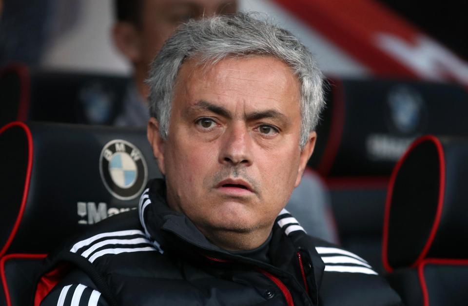 Mourinho cam kết: 'Alexis Sanchez sẽ bùng nổ mùa tới'