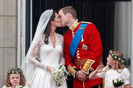 Đám cưới cổ tích của Hoàng tử Anh với cô dâu dân thường
