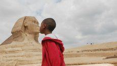 Tâm sự của cậu bé 13 tuổi đi du lịch 45 quốc gia trên thế giới