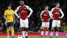 """MU đấu Arsenal: Pháo thủ """"buông súng"""", tung đội hình hai"""