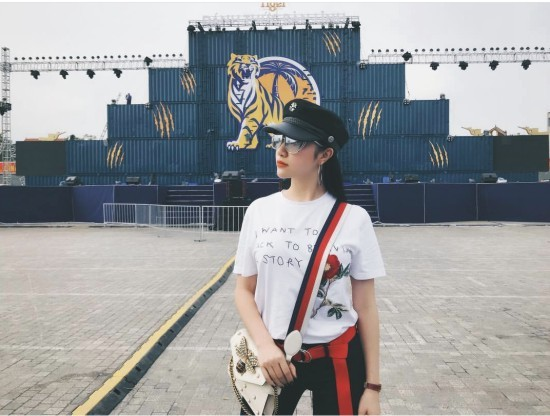 Phạm Hương,Angela Phương Trinh,Ngọc Trinh,Jun Vũ,Hạnh Sino,Kỳ Duyên,Mâu Thủy