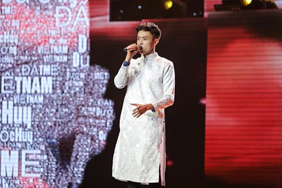 Bị chê nhạt, Thành Đạt làm bùng nổ Sing my song với 'Ê sắc ế'