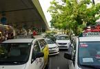 Đề xuất cho 400 taxi hoạt động trở lại, chở người dân đến bệnh viện