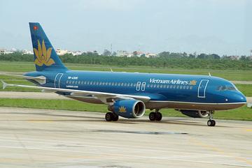 Tạm giữ bằng lái của 2 phi công hạ cánh nhầm ở Cam Ranh