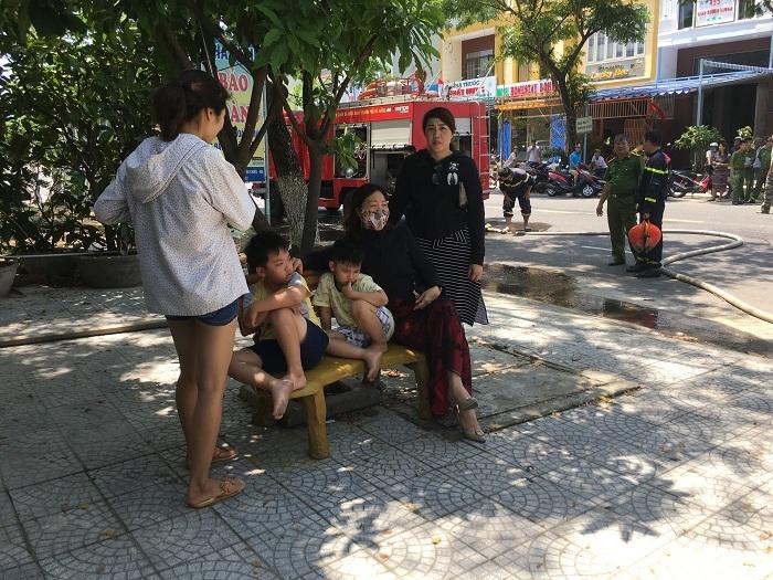 Du khách Nga cứu 2 bé thoát vụ cháy nhà nghỉ ở Đà Nẵng