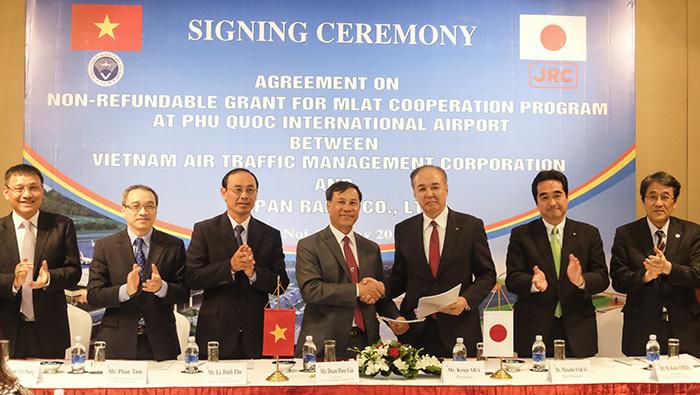 Nhật giúp Việt Nam thử nghiệm hệ thống quản lý máy bay