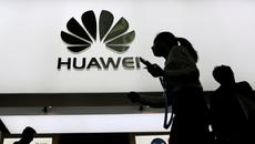 Mỹ cấm bán điện thoại Huawei, ZTE trong căn cứ quân sự
