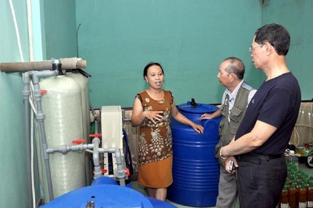 Bí mật công thức chế nước lau nhà từ rác thải: 5 tỷ đồng không bán