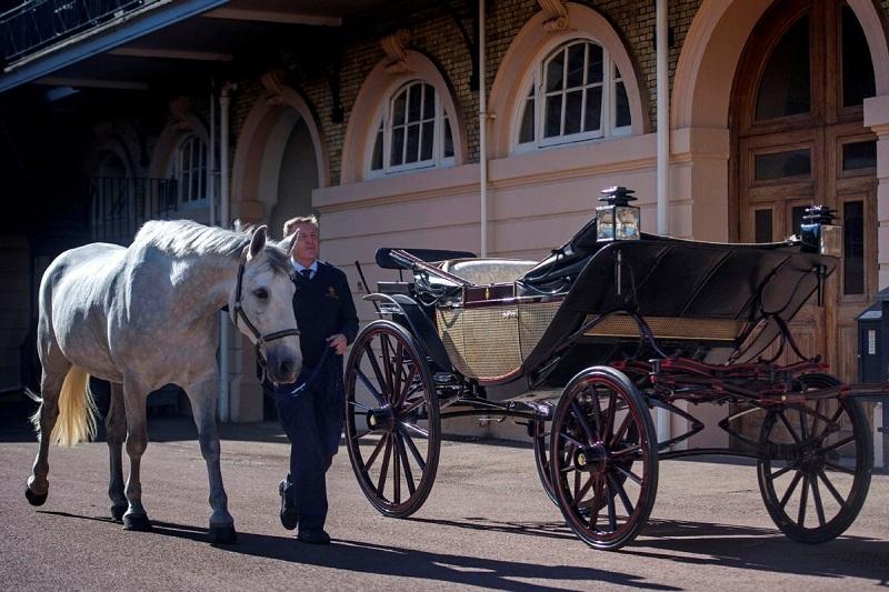 Ngắm cỗ xe rước dâu trong đám cưới Hoàng tử Harry