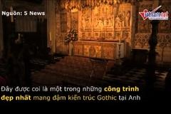 Trong nhà nguyện cổ, nơi diễn ra đám cưới Hoàng tử Anh