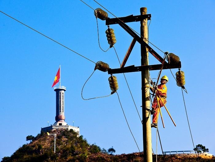 EVN - 10 năm điện khí hóa nông thôn