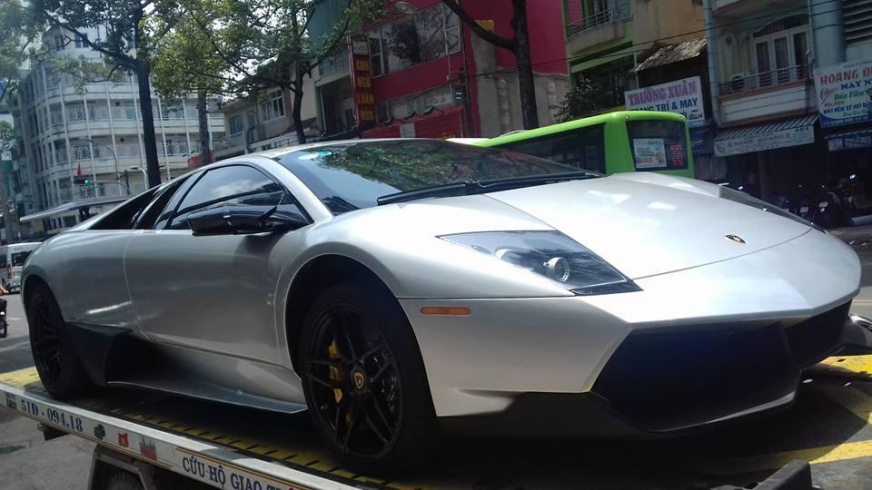 Đặng Lê Nguyên Vũ tậu Lamborghini độc nhất Việt Nam