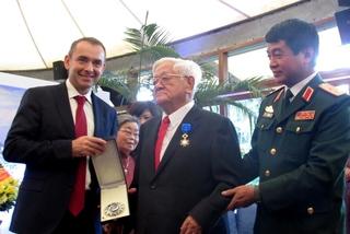 Nhà ngoại giao kỳ cựu Võ Văn Sung từ trần