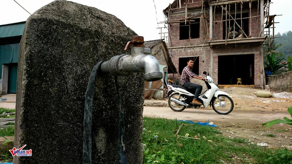 Công trình chục tỷ bỏ hoang: Xã phải tự bỏ tiền ra tu sửa