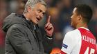 "MU ""hốt"" nhanh con trai Kluivert, Chelsea và Arsenal săn Bailly"