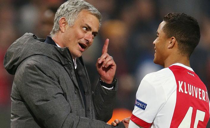 MU 'hốt' nhanh con trai Kluivert, Chelsea và Arsenal săn Bailly