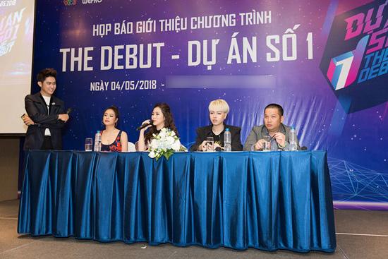 Đức Phúc ngồi ghế nóng cùng Hoàng Thùy Linh, Hương Tràm