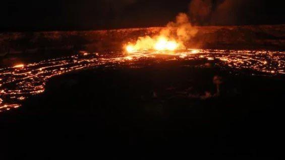 Hình ảnh núi lửa Hawaii 'nổi giận', hàng ngàn người cuống cuồng sơ tán