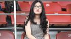 Fan nữ xinh đẹp quây Quang Hải, Duy Mạnh ở sân Thống Nhất