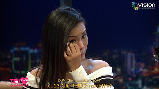 Phương Vy Idol khóc nức nở nhắc lại sóng gió trong quá khứ