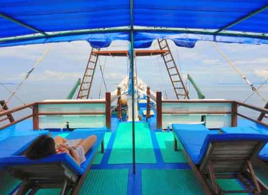 Khám phá 'thiên đường hạ giới' ở Indonesia trên tàu tuần dương sang trọng