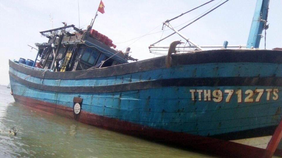 tàu lạ,ngư dân,TT-Huế