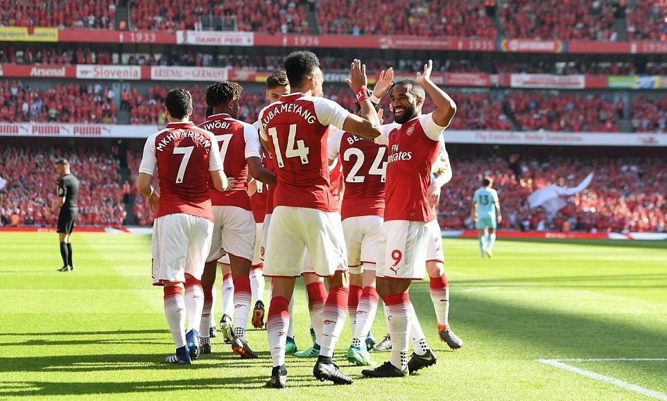 Arsenal thắng '5 sao' trong trận tri ân HLV Wenger