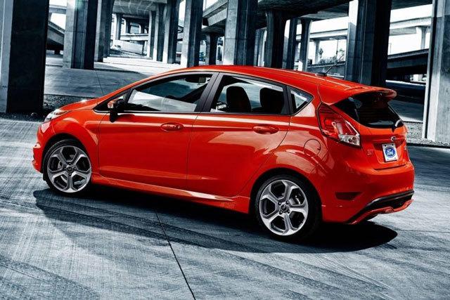 Top 10 xe hơi đáng mua nhất trong tầm giá dưới 500 triệu