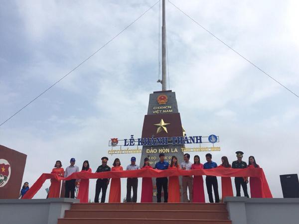 Khánh thành Cột cờ Tổ quốc trên đảo Hòn La