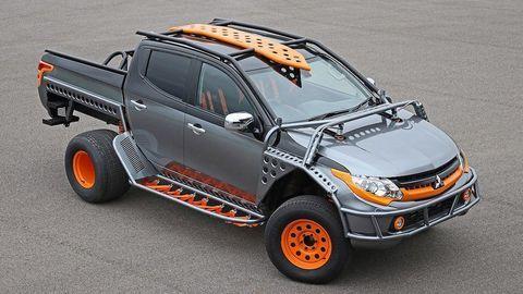 """Mitsubishi Triton độ khác thường """"góp mặt"""" trong Fast & Furious"""
