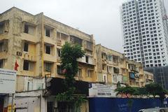 Lạnh người trong chung cư tiền tỷ hoang tàn trên đất vàng Hà Nội