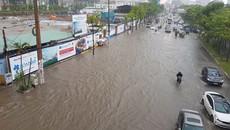 Có 'siêu máy bơm' đường Nguyễn Hữu Cảnh vẫn ngập nửa mét