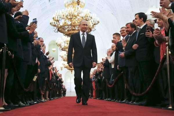 Hình ảnh khó quên trong lễ nhậm chức của ông Putin