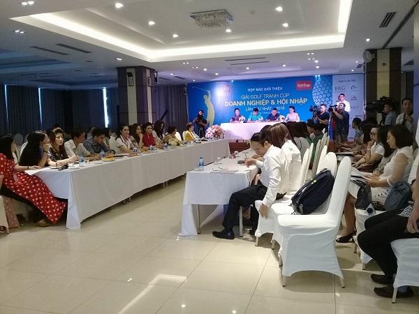 144 doanh nhân tham dự giải golf cúp Doanh nghiệp & Hội nhập 2018