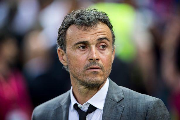 Hét lương cao, Luis Enrique bị gạt khỏi ghế nóng Arsenal