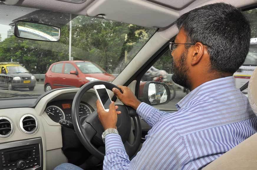 12 thói quen lái ô tô nguy hiểm khiến bạn rất dễ gặp tai nạn
