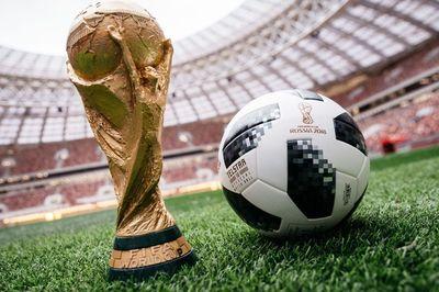 """Thái Lan chi 41 triệu USD, VTV căng mình """"mặc cả"""" bản quyền World Cup"""