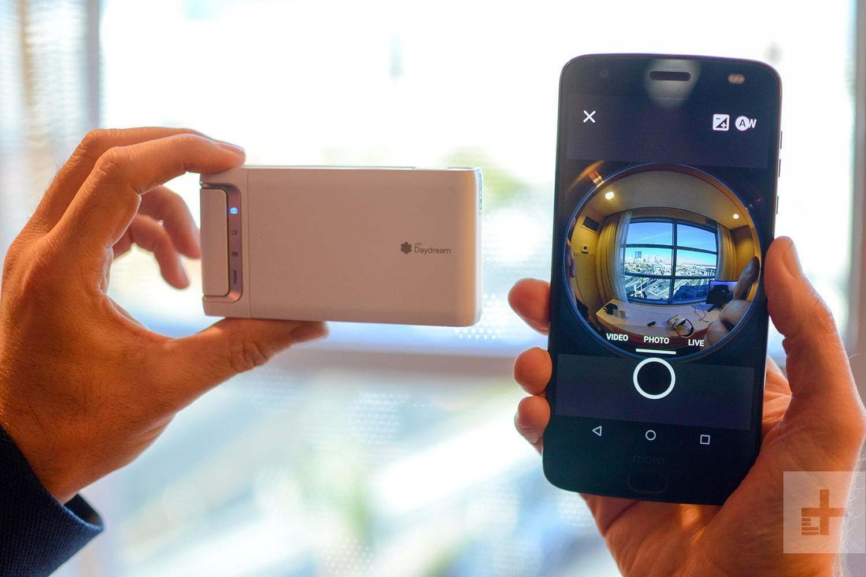 Camera thực tế ảo Lenovo quay được 180 độ, giá 7 triệu đồng