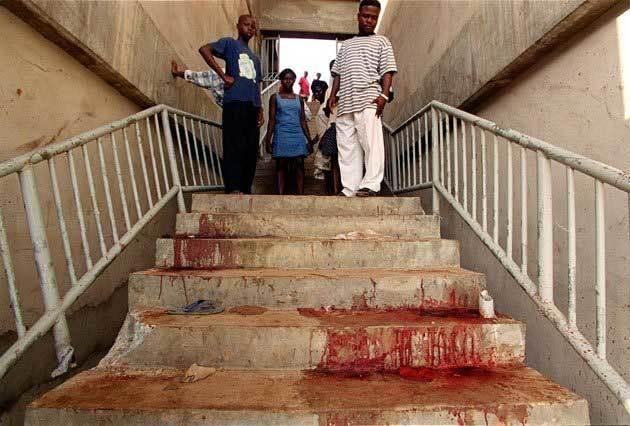 Ngày này năm xưa: Thảm kịch đẫm máu trên sân bóng đá