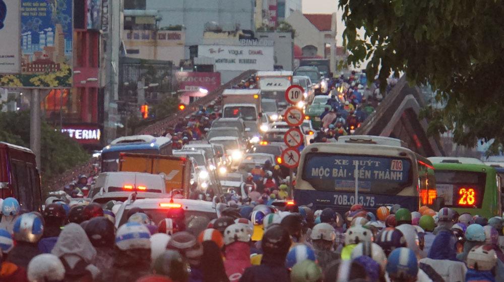 Sài Gòn ngập,mưa lớn,Sài Gòn ùn tắc,ùn tắc