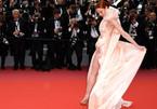 Dàn mỹ nhân mặc hở bạo đốt nóng thảm đỏ Cannes 2018