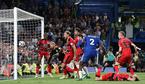 Quá kém cỏi, Chelsea bị Huddersfield cầm chân