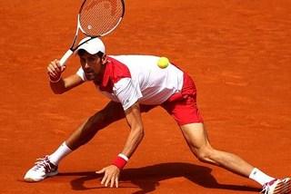 "Djokovic bị ""đá bay"" khỏi Madrid Open"