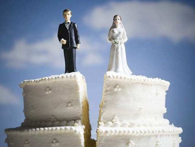 Sắp cưới mới tá hỏa phát hiện bạn gái có một mối tình 'dự bị'