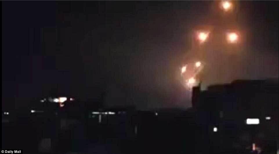 Iran lần đầu tấn công trực tiếp Israel