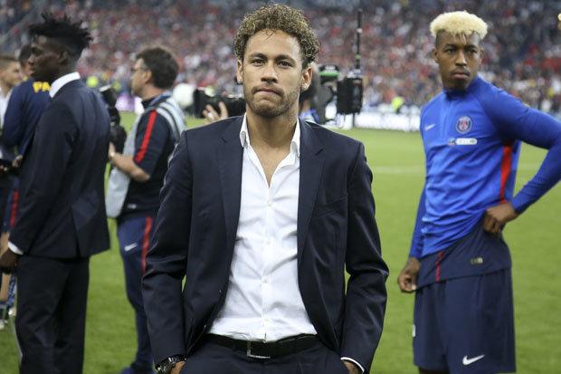 MU tậu 'người nhện' thay De Gea, Real bán 4 sao bự mua Neymar
