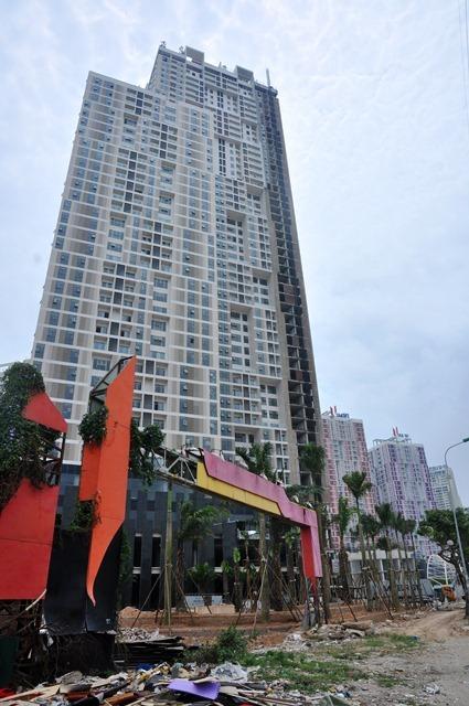 Cận cảnh 'vũng lầy' bất động sản lớn nhất Hà Nội