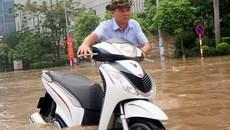 Cách xử lý ô tô, xe máy bị chết máy do ngập nước khi trời mưa bão